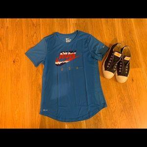 Like New Nike Dri-Fit, T-Shirt, Size Medium